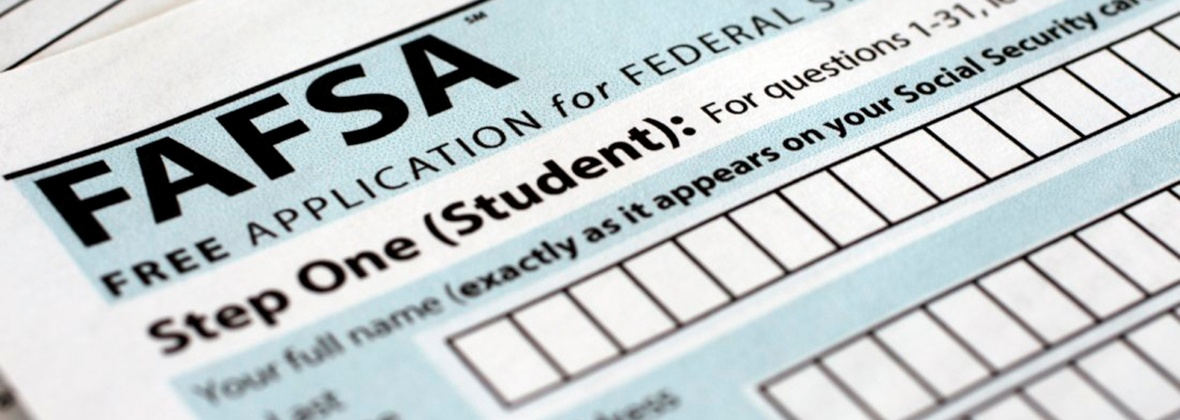 fafsa-story2-financial-aid-blog-header-1180x420.jpg